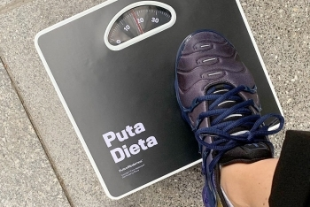La PUTA BÁSCULA (Weighing scale) - 2