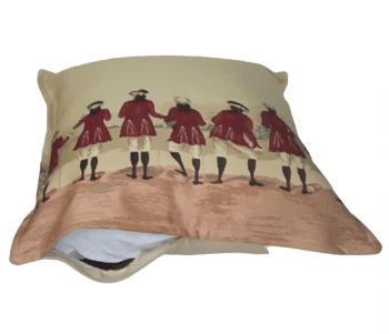 Funda cojín casaca roja - 1
