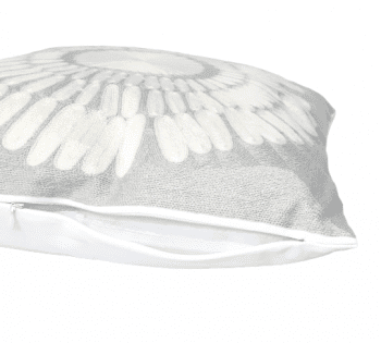 Cojín ganchillo gris 45 x 45 - 2