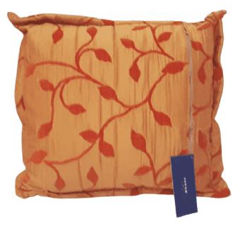 Cojín naranja raso hojitas 50 x 50 - 3