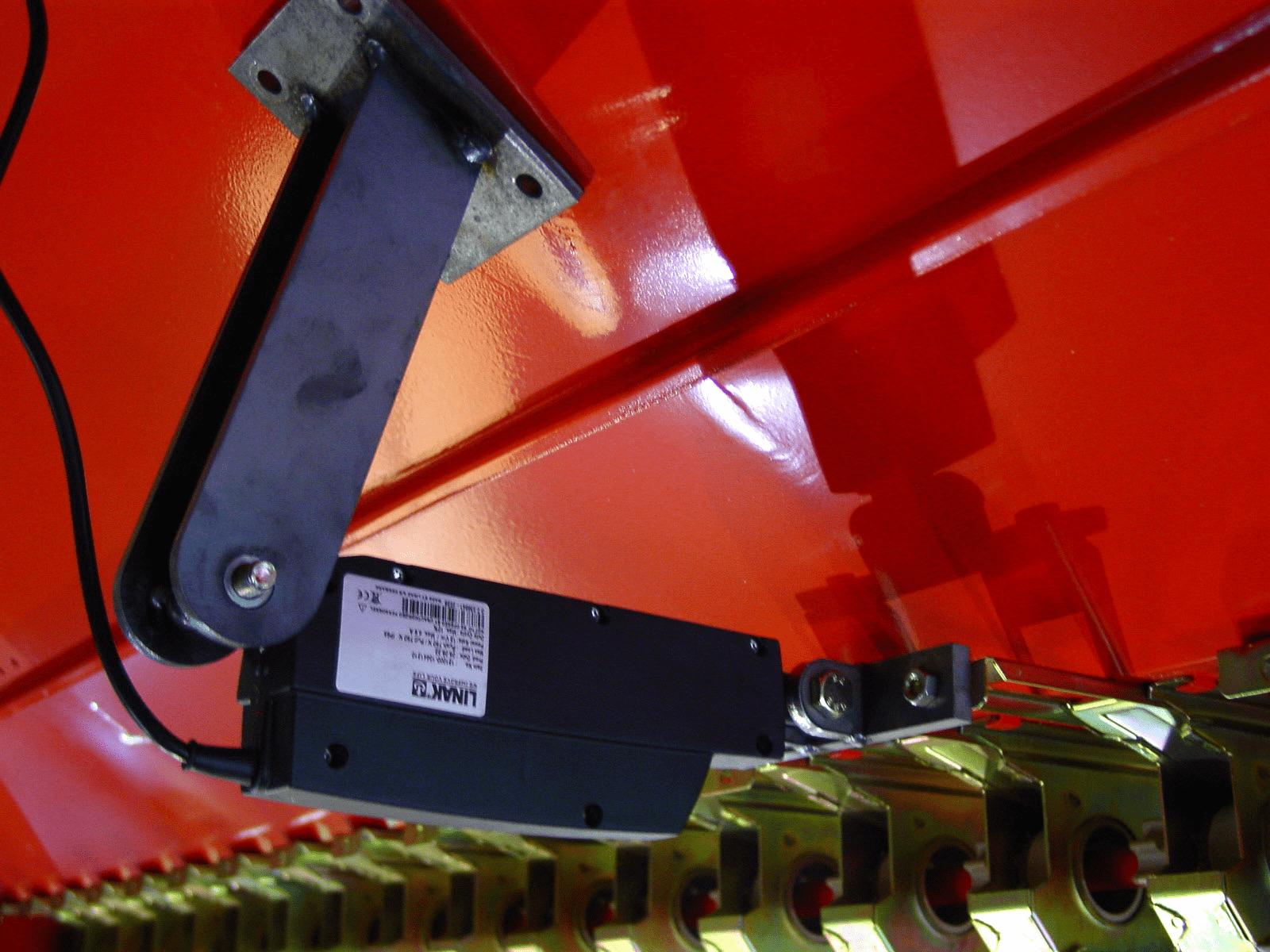 трамвайные рельсы EURO-TRI-ED с электрическим цилиндром и монитором